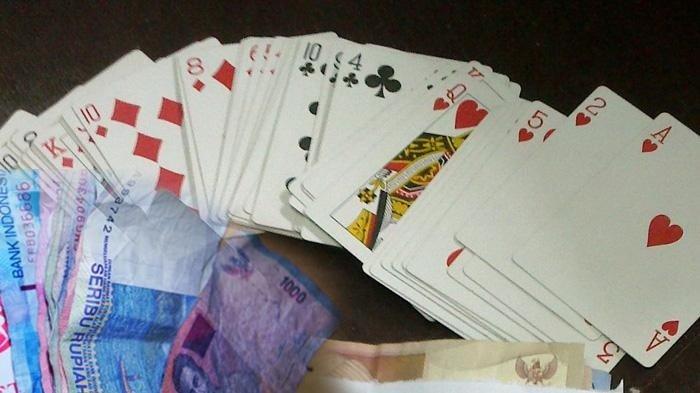 poker online dengan pulsa